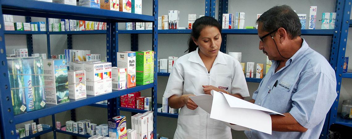 Realiza Regulación Sanitaria operativo de vigilancia en farmacias por Pentrexyl.